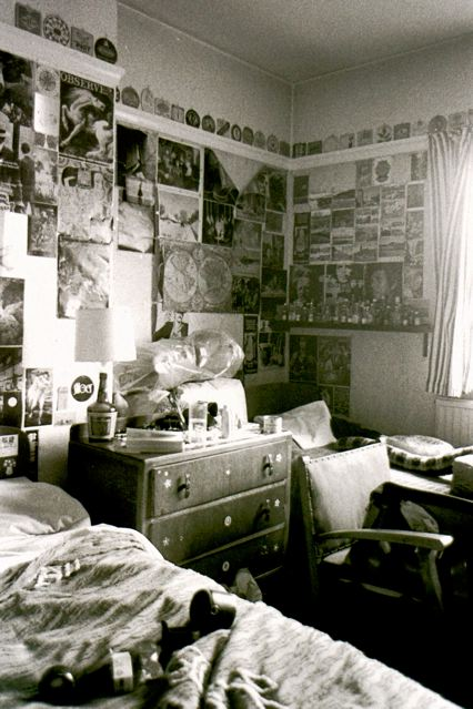 ROOMS I HAVE KNOWN: CROYDON '74