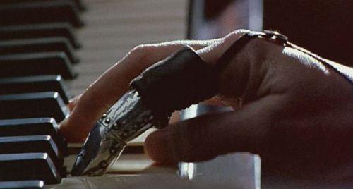the_piano_finger 2