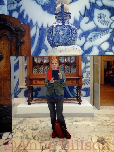 Gemeentemuseum: The Delft Room.