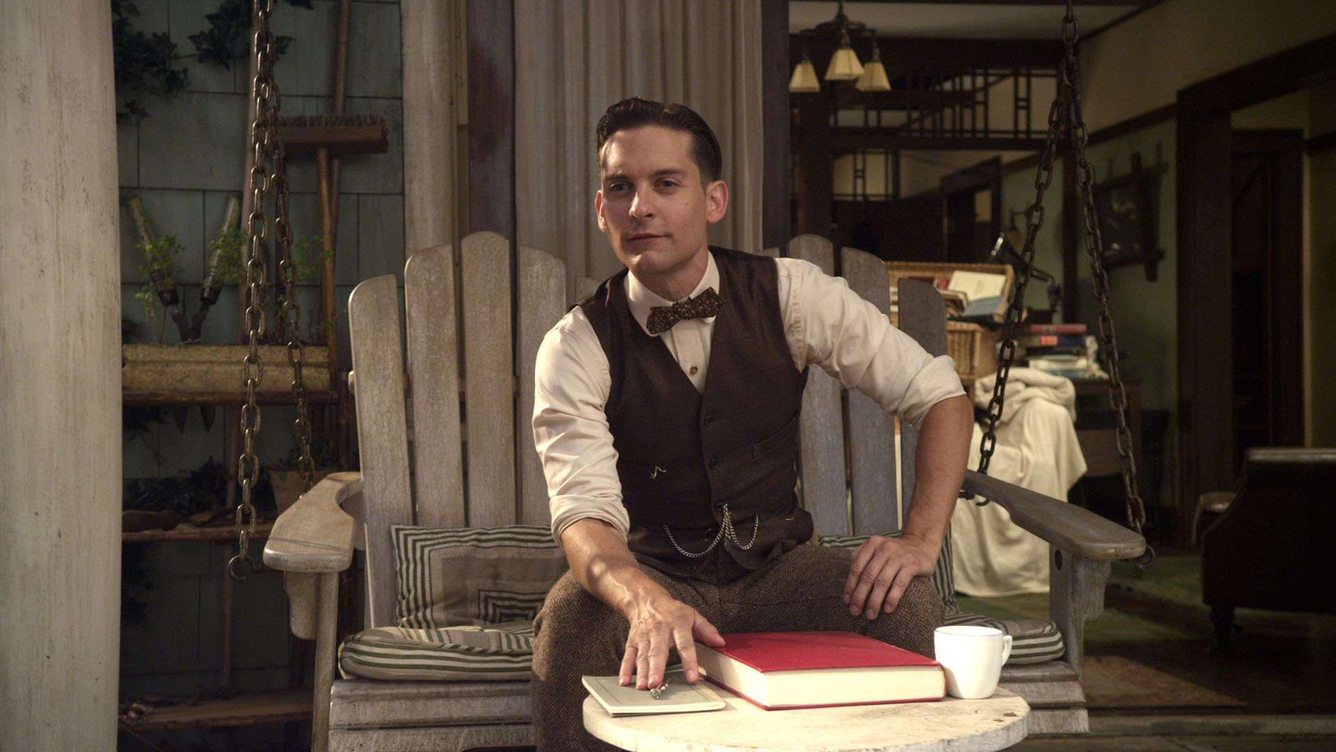 nick carraway the perfect narrator for the Nick carraway, the novel's narrator and protagonist, begins the great gatsby by recounting a bit of (full context) for instance, nick says that though he scorns everything gatsby stood for, he withholds judgment entirely regarding him.