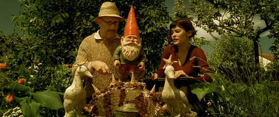 Amelie and the garden gnome.