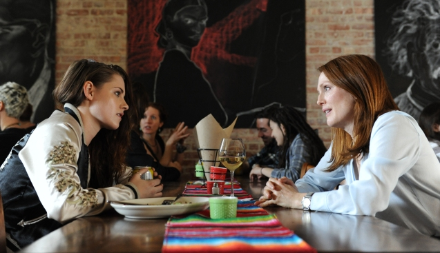 Kristen Stewart with Julianne Moore in Still Alice (2014)